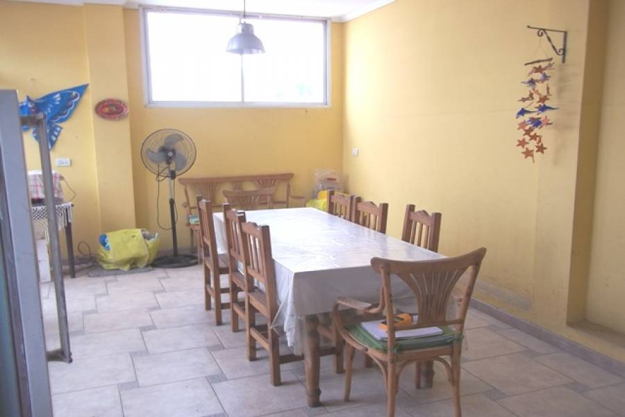 Flores,Capital Federal,Argentina,3 Bedrooms Bedrooms,1 BañoBathrooms,PH Tipo Casa,PORTELA ,6377