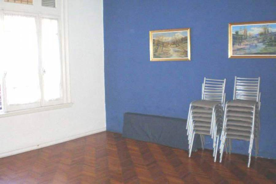 Almagro,Capital Federal,Argentina,3 Bedrooms Bedrooms,1 BañoBathrooms,PH Tipo Casa,DIAZ VELEZ ,6378
