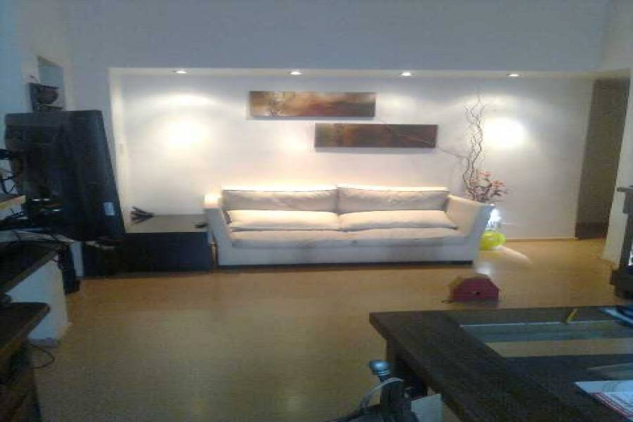 Caballito,Capital Federal,Argentina,2 Bedrooms Bedrooms,1 BañoBathrooms,PH Tipo Casa,OTAMENDI,6395