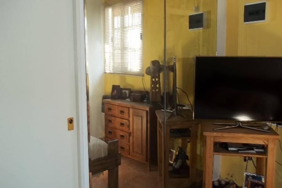 Flores,Capital Federal,Argentina,2 Bedrooms Bedrooms,1 BañoBathrooms,PH Tipo Casa,GREGORIO DE LAFERRERE,6399
