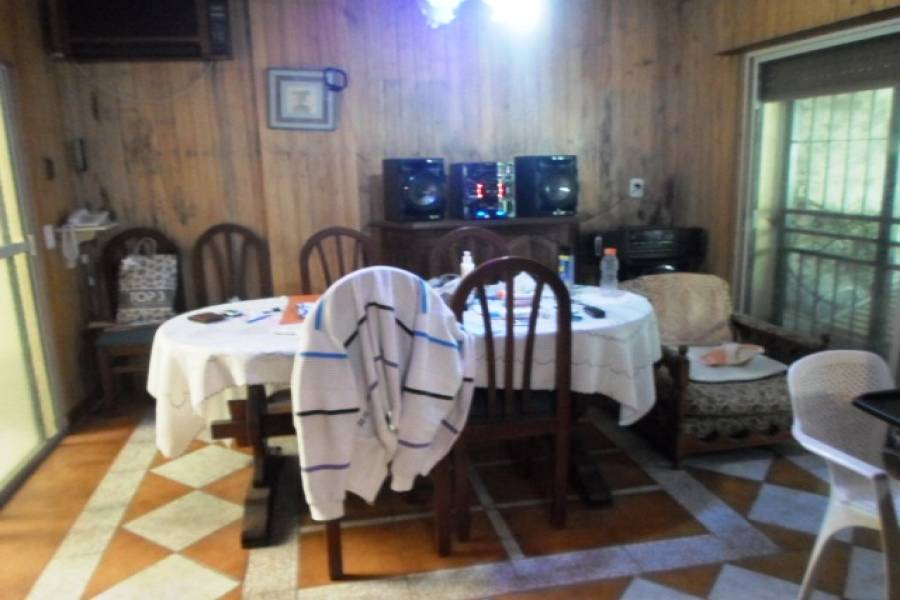 Las Flores,Buenos Aires,Argentina,2 Bedrooms Bedrooms,1 BañoBathrooms,PH Tipo Casa,RECUERO ,6420