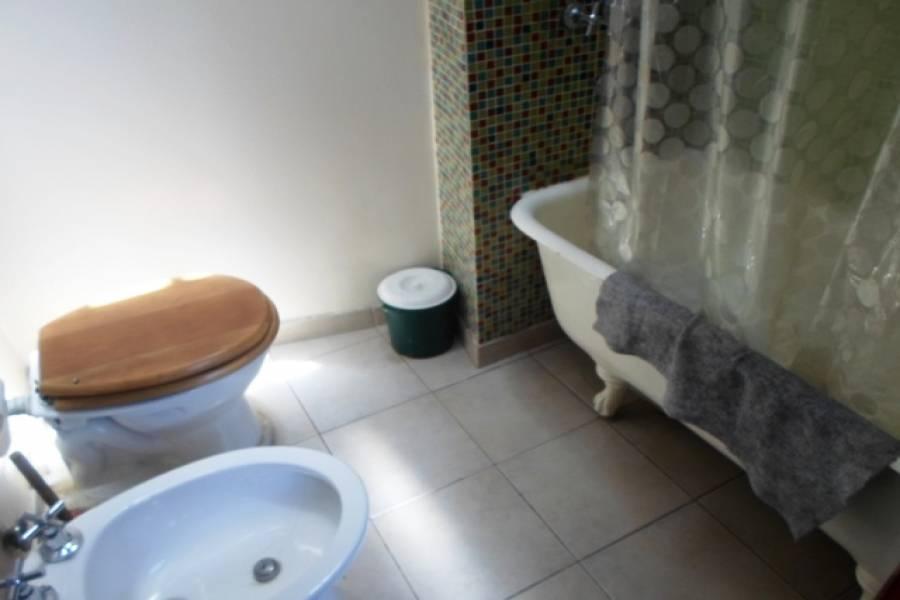 Flores,Capital Federal,Argentina,2 Bedrooms Bedrooms,1 BañoBathrooms,PH Tipo Casa,SAN PEDRITO,6459