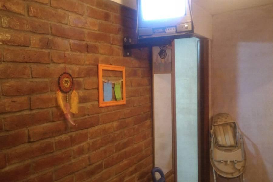 San Miguel,Buenos Aires,Argentina,2 Bedrooms Bedrooms,1 BañoBathrooms,Apartamentos,COMPLEJO DOCENTE,AV PRESIDENTE PERON Y PARDO,2,6484