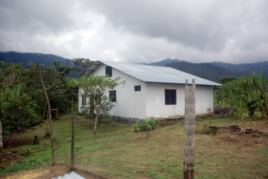 SAN ISIDRO,MORONA SANTIAGO,Ecuador,2 BathroomsBathrooms,Casas,1,6521