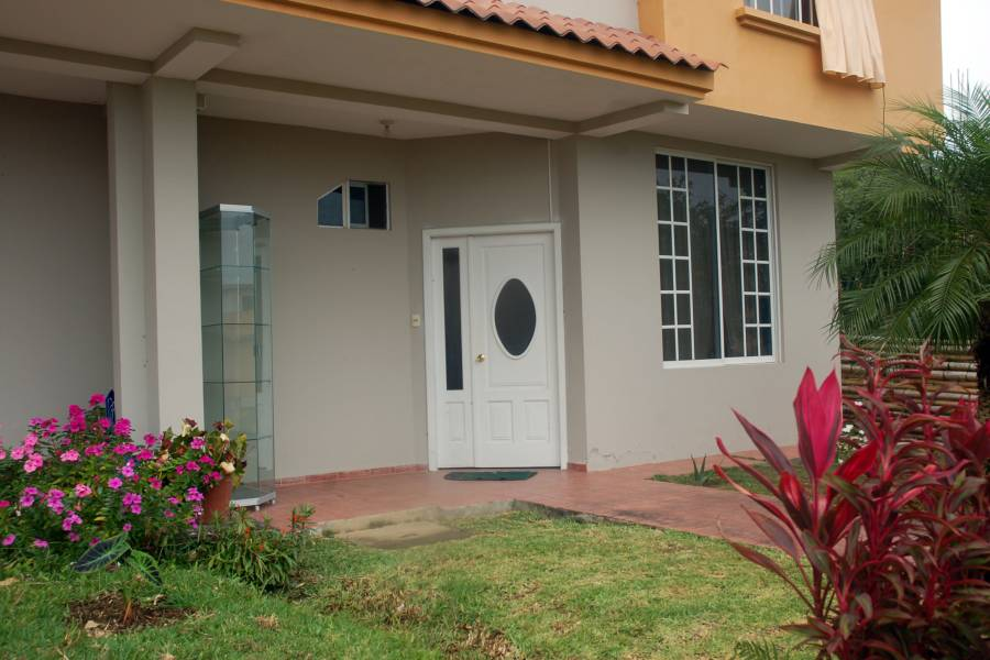MACAS,MORONA SANTIAGO,Ecuador,3 Bedrooms Bedrooms,2 BathroomsBathrooms,Casas,6528