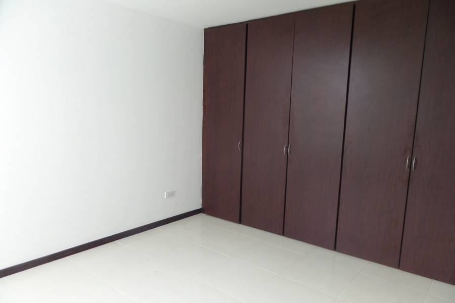 IMPERDIBLE! VER INFO...,3 Bedrooms Bedrooms,2 BathroomsBathrooms,Apartamentos,48,7,6538