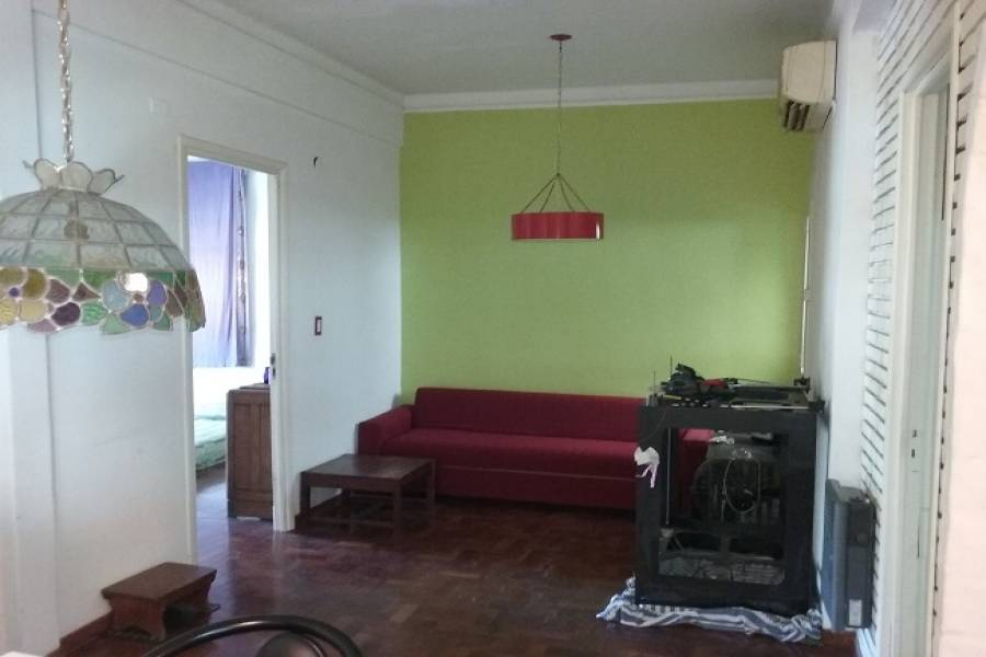 Flores,Capital Federal,Argentina,2 Bedrooms Bedrooms,1 BañoBathrooms,PH Tipo Casa,NEPPER,6548