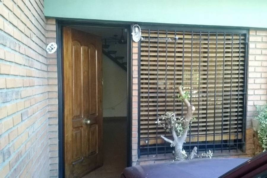 Flores,Capital Federal,Argentina,2 Bedrooms Bedrooms,1 BañoBathrooms,PH Tipo Casa,BUFANO,6552