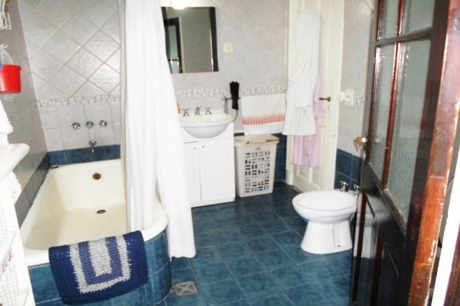 Caballito,Capital Federal,Argentina,2 Bedrooms Bedrooms,1 BañoBathrooms,PH Tipo Casa,NEUQUEN ,6553