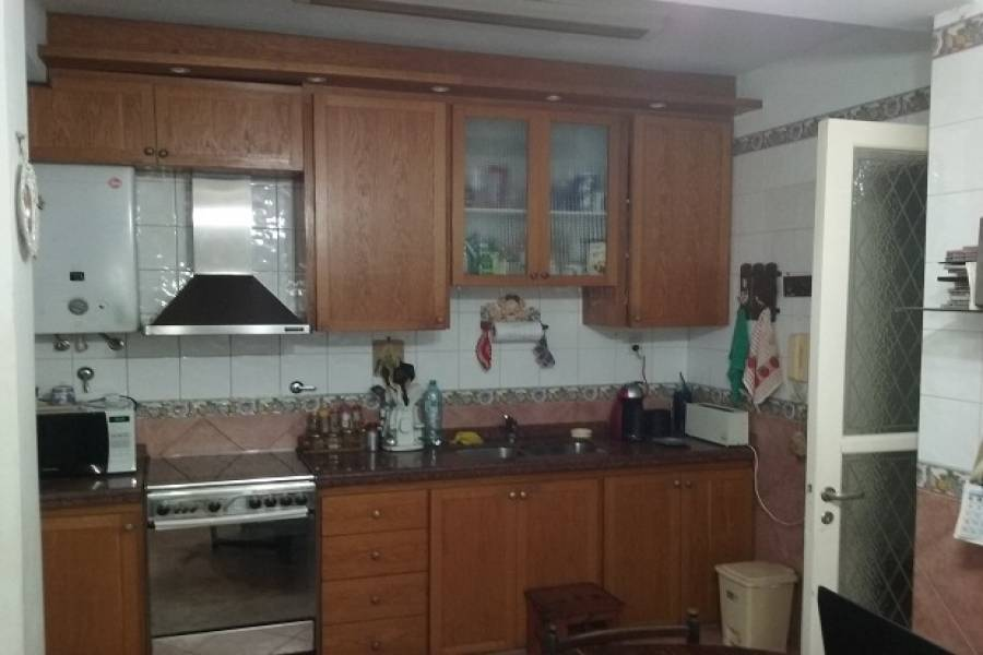 Flores,Capital Federal,Argentina,2 Bedrooms Bedrooms,1 BañoBathrooms,PH Tipo Casa,RAMON FALCON ,6555