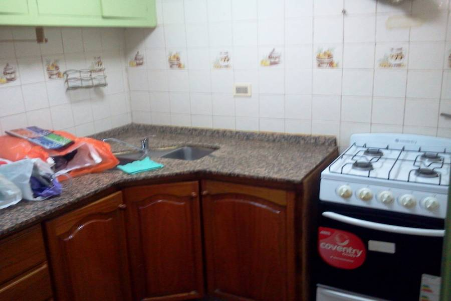 Almagro,Capital Federal,Argentina,2 Bedrooms Bedrooms,1 BañoBathrooms,PH Tipo Casa,RIVADAVIA,6559