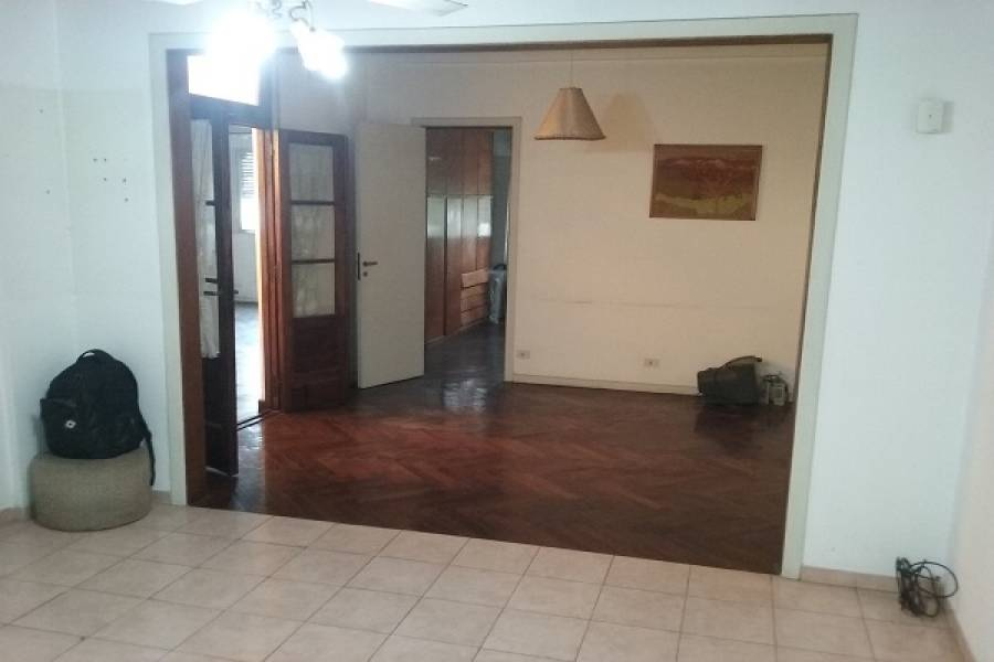 La Paternal,Capital Federal,Argentina,2 Bedrooms Bedrooms,1 BañoBathrooms,PH Tipo Casa,SAN MARTIN,6565