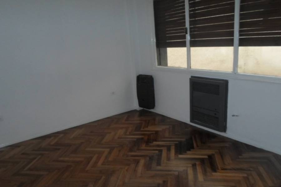 Flores,Capital Federal,Argentina,2 Bedrooms Bedrooms,1 BañoBathrooms,Apartamentos,CARABOBO,6573