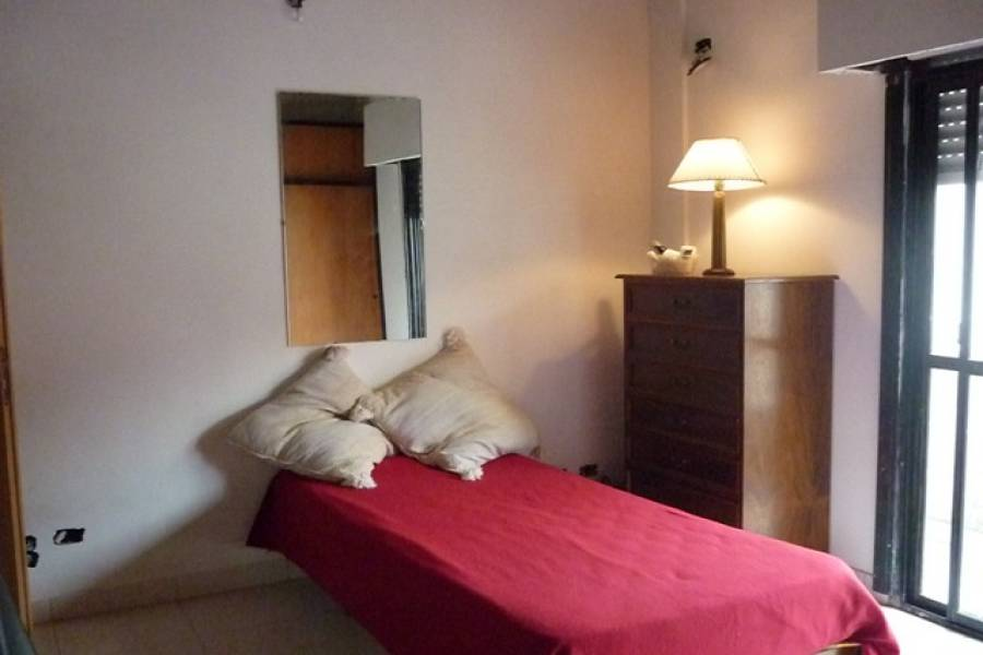 Flores,Capital Federal,Argentina,2 Bedrooms Bedrooms,1 BañoBathrooms,Apartamentos,QUIRNO,6575