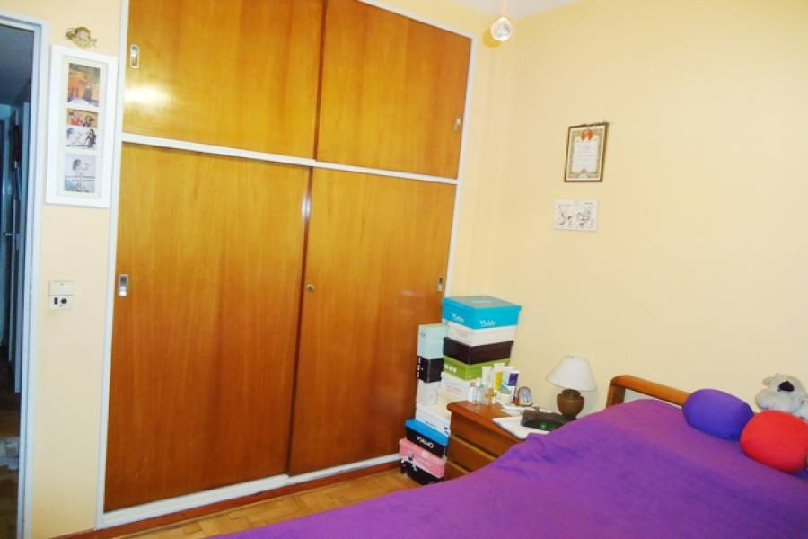 Flores,Capital Federal,Argentina,2 Bedrooms Bedrooms,1 BañoBathrooms,Apartamentos,CARABOBO,6585