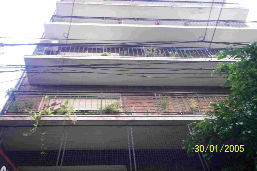 Flores,Capital Federal,Argentina,2 Bedrooms Bedrooms,1 BañoBathrooms,Apartamentos,BACACAY,6600