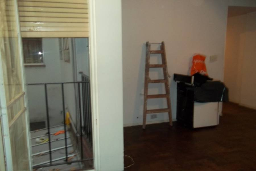 Caballito,Capital Federal,Argentina,2 Bedrooms Bedrooms,1 BañoBathrooms,Apartamentos,ROJAS ,6622