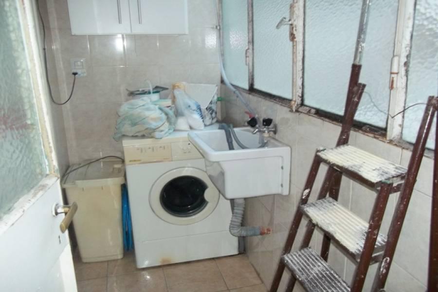 Flores,Capital Federal,Argentina,2 Bedrooms Bedrooms,1 BañoBathrooms,Apartamentos,RIVERA INDARTE,6657