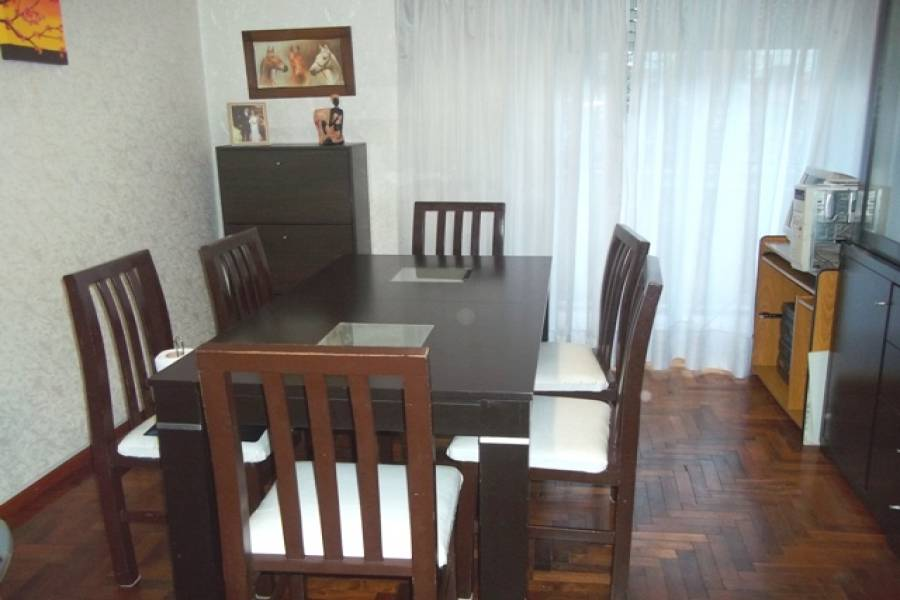 Flores,Capital Federal,Argentina,2 Bedrooms Bedrooms,1 BañoBathrooms,Apartamentos,RIVERA INDARTE,6657