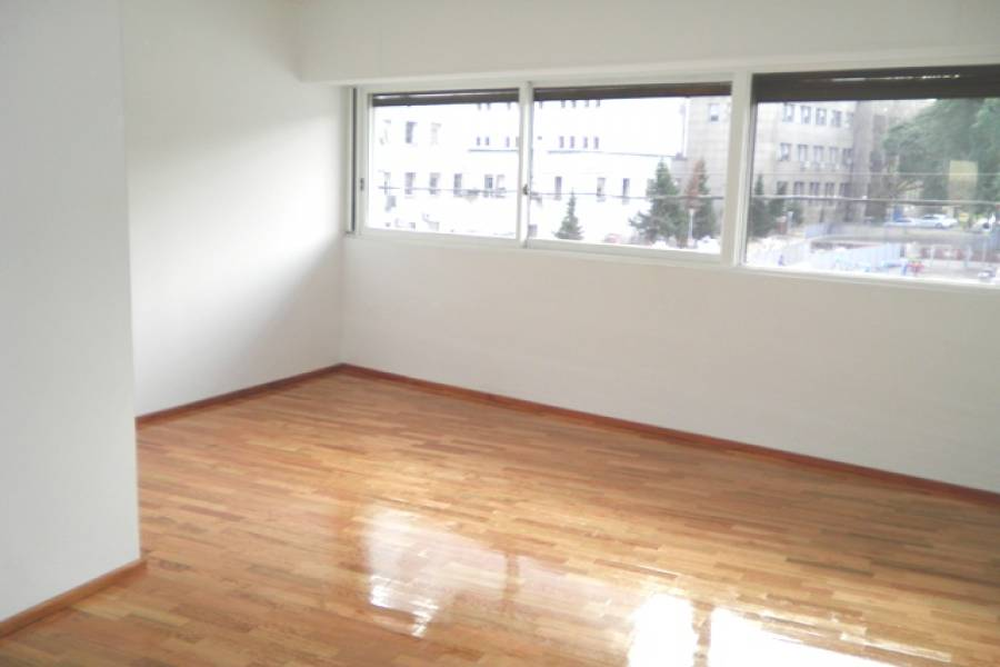Capital Federal,Argentina,2 Bedrooms Bedrooms,1 BañoBathrooms,Apartamentos,AV CORDOBA ,6678