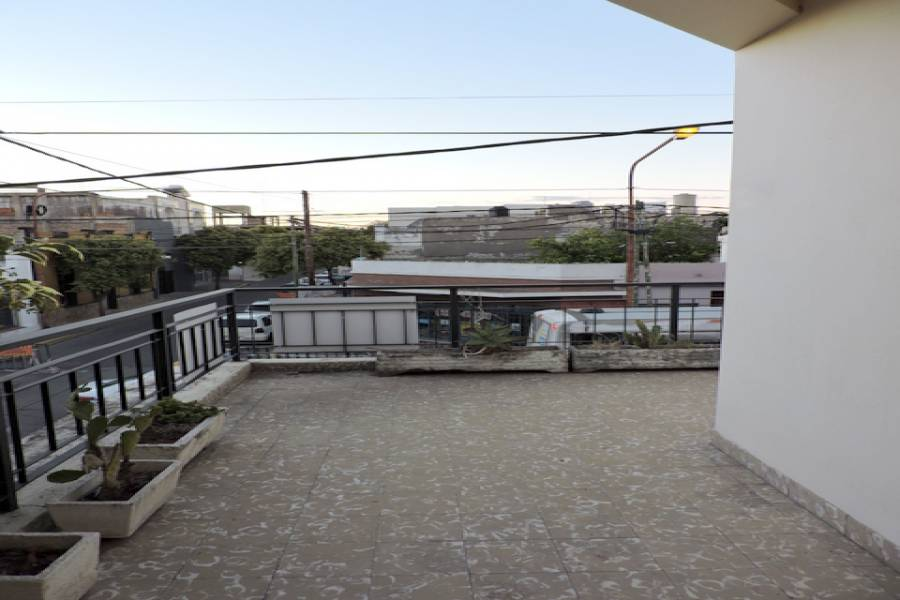 San Luis,San Luis,Argentina,3 Bedrooms Bedrooms,350000 BathroomsBathrooms,Casas,Junin al 1100,6696