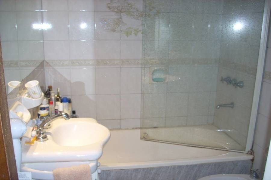 Flores,Capital Federal,Argentina,2 Bedrooms Bedrooms,1 BañoBathrooms,Apartamentos,ARTIGAS,6704