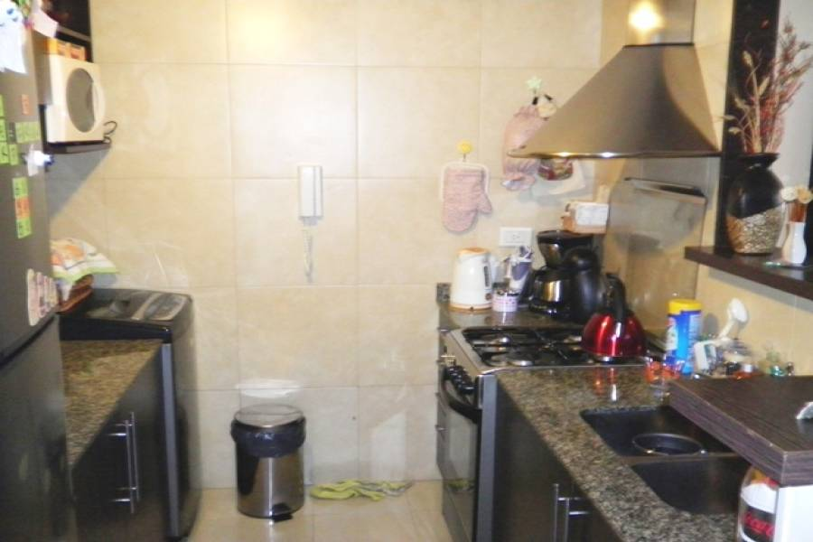 Caballito,Capital Federal,Argentina,2 Bedrooms Bedrooms,1 BañoBathrooms,Apartamentos,YERBAL,6764