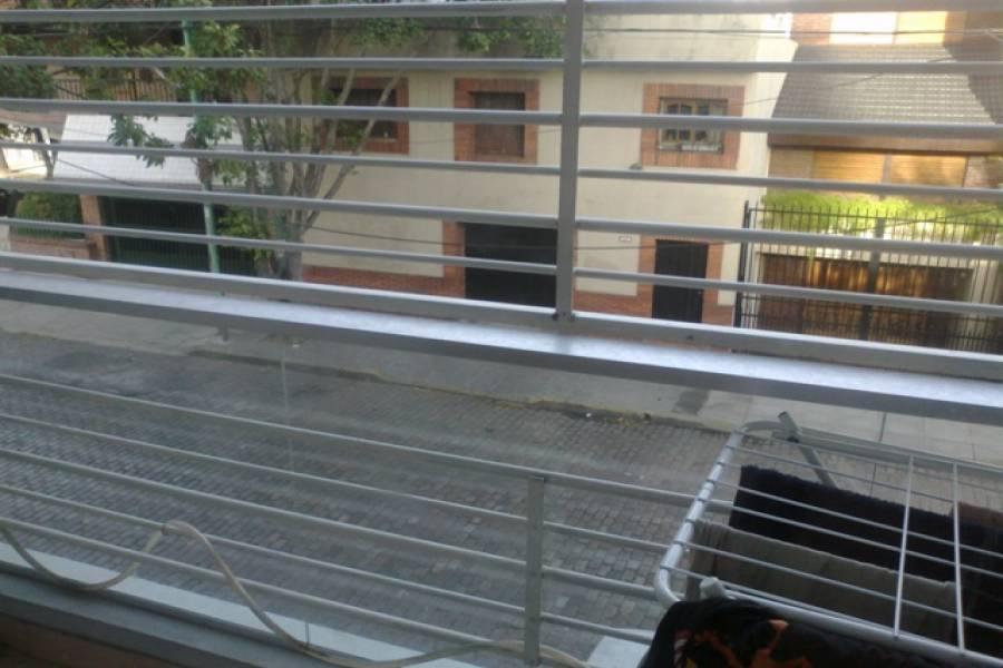 Flores,Capital Federal,Argentina,2 Bedrooms Bedrooms,1 BañoBathrooms,Apartamentos,GRANADEROS,6775