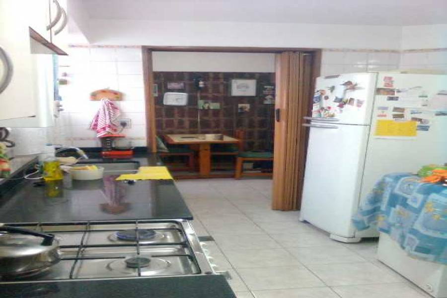 Parque Chacabuco,Capital Federal,Argentina,2 Bedrooms Bedrooms,1 BañoBathrooms,Apartamentos,BEAUCHEF,6781