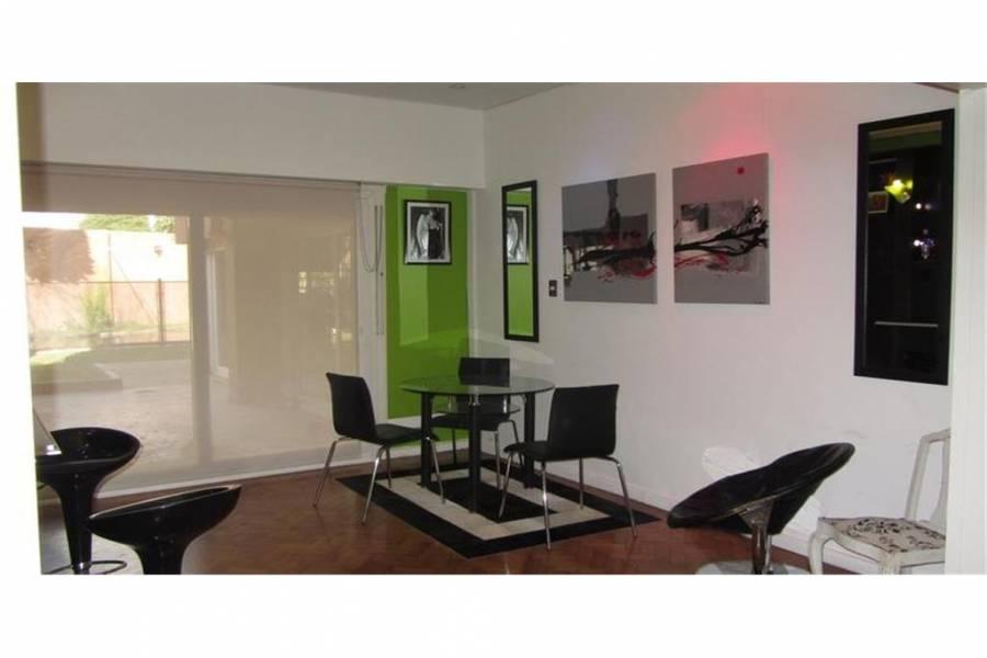 La Lucila,Buenos Aires,Argentina,4 Bedrooms Bedrooms,4 BathroomsBathrooms,Casas,6803