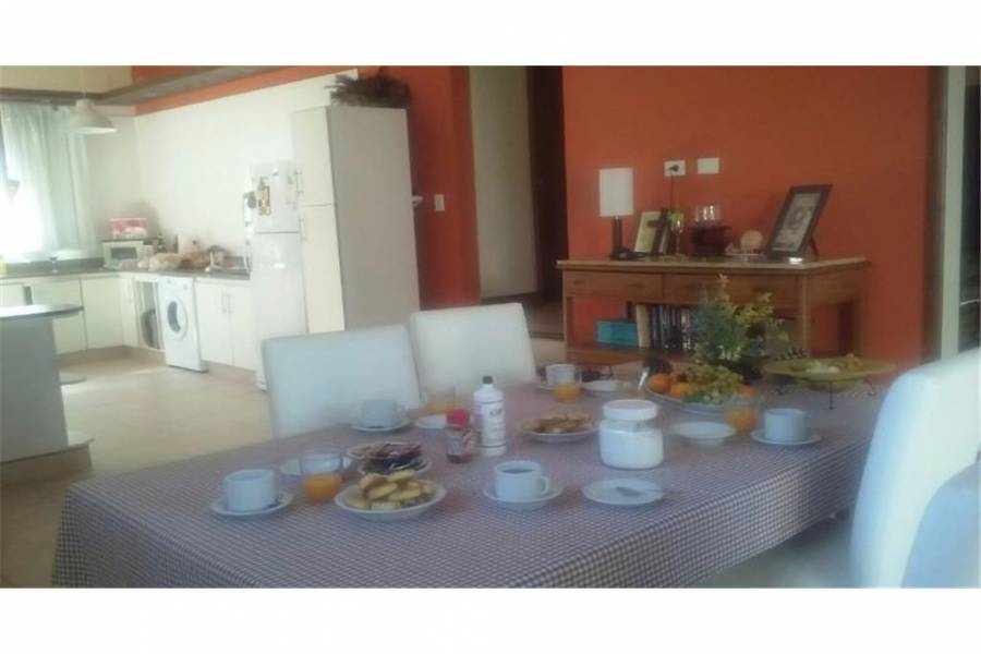 Pinamar,Buenos Aires,Argentina,3 Bedrooms Bedrooms,3 BathroomsBathrooms,Casas,6807