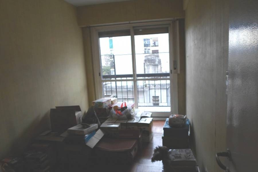 Flores,Capital Federal,Argentina,2 Bedrooms Bedrooms,1 BañoBathrooms,Apartamentos,YERBAL,6909