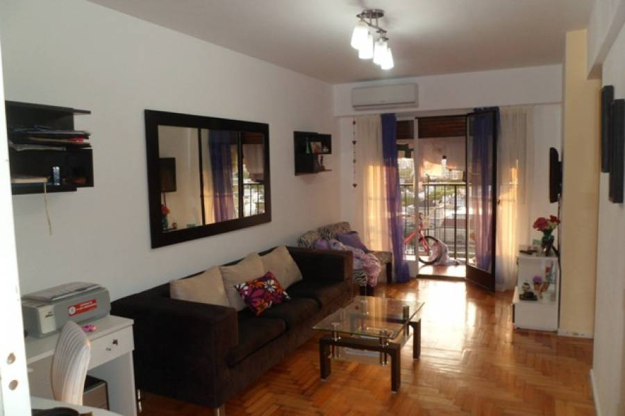 Flores,Capital Federal,Argentina,2 Bedrooms Bedrooms,1 BañoBathrooms,Apartamentos,FRAY C RODERIGUEZ,6914