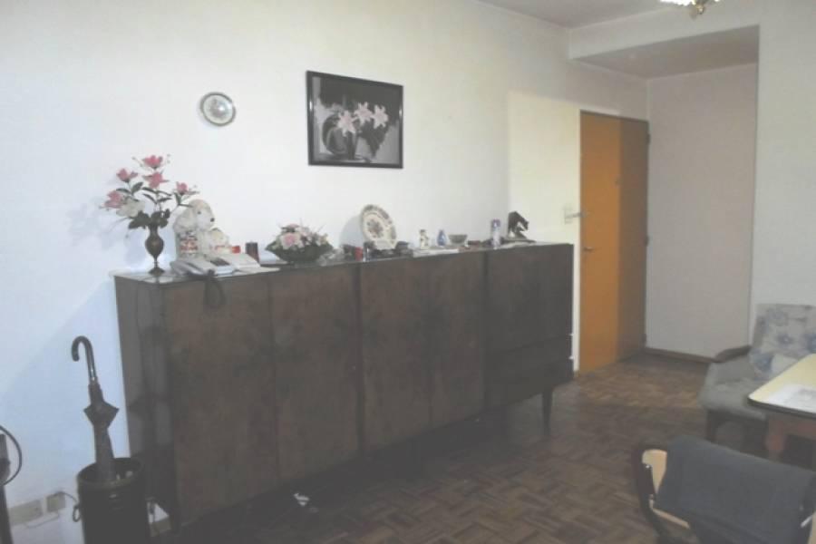 Flores,Capital Federal,Argentina,2 Bedrooms Bedrooms,1 BañoBathrooms,Apartamentos,BONIFACIO,6920