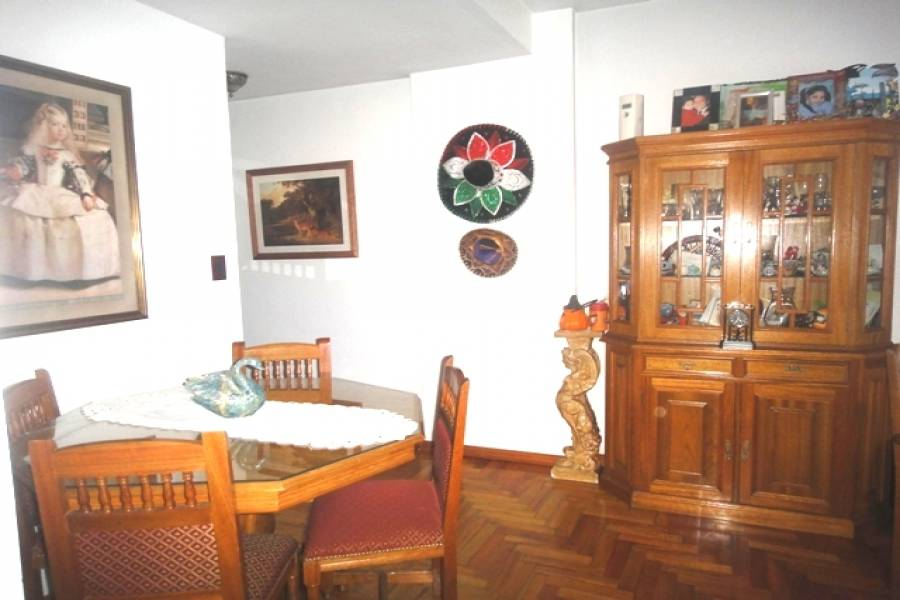 Flores,Capital Federal,Argentina,2 Bedrooms Bedrooms,1 BañoBathrooms,Apartamentos,REMEDIOS,6923