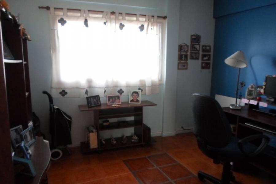 Flores,Capital Federal,Argentina,2 Bedrooms Bedrooms,1 BañoBathrooms,Apartamentos,YERBAL,6925