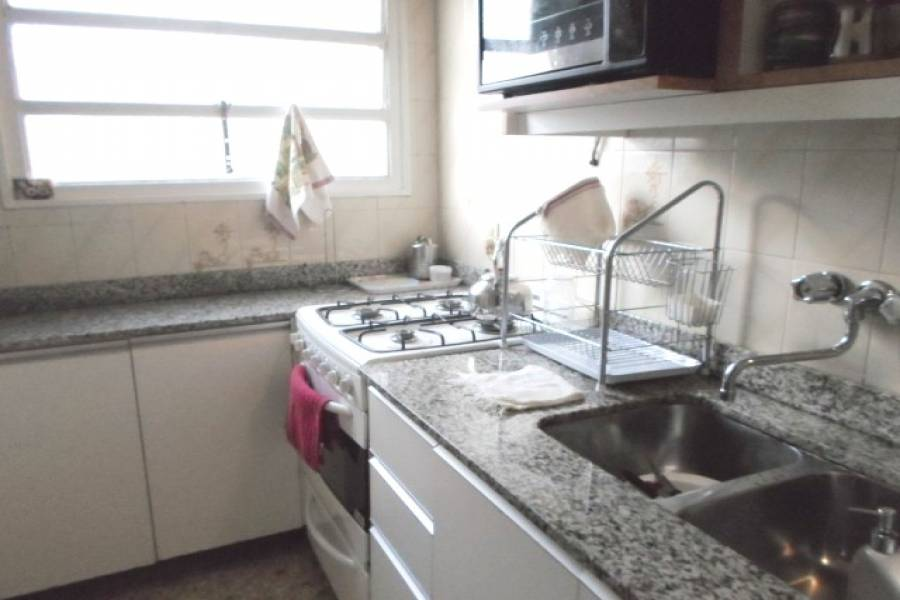 Flores,Capital Federal,Argentina,2 Bedrooms Bedrooms,1 BañoBathrooms,Apartamentos,BONIFACIO,6932
