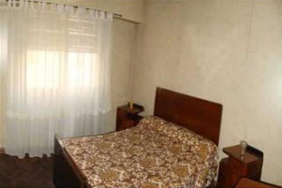 Flores,Capital Federal,Argentina,2 Bedrooms Bedrooms,1 BañoBathrooms,Apartamentos,CURAPALIGUE,6982