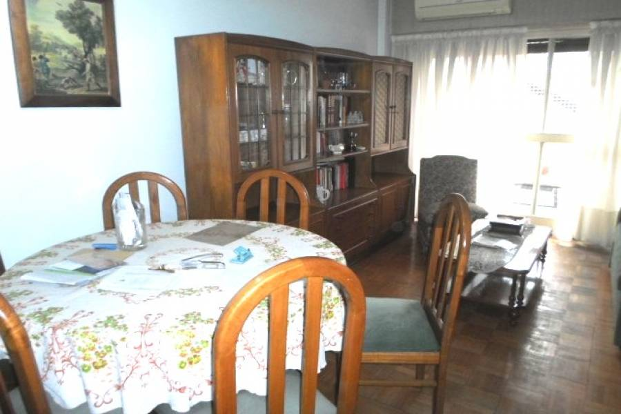 Almagro,Capital Federal,Argentina,2 Bedrooms Bedrooms,1 BañoBathrooms,Apartamentos,BULNES,6995