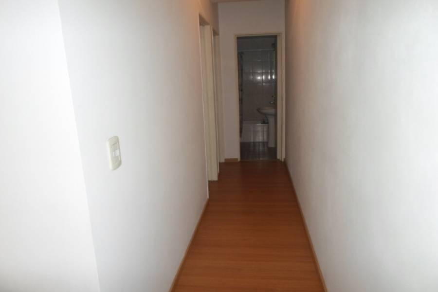 Parque Avellaneda,Capital Federal,Argentina,2 Bedrooms Bedrooms,1 BañoBathrooms,Apartamentos,BRAGADO,7010