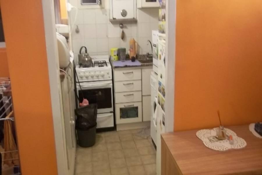 Balvanera,Capital Federal,Argentina,2 Bedrooms Bedrooms,1 BañoBathrooms,Apartamentos,AZCUENAGA ,7016