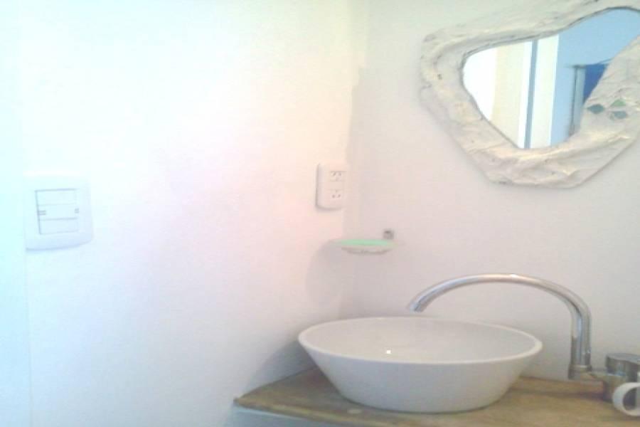Capital Federal,Argentina,2 Bedrooms Bedrooms,1 BañoBathrooms,Apartamentos,HIPOLITO YRIGOYEN,7022