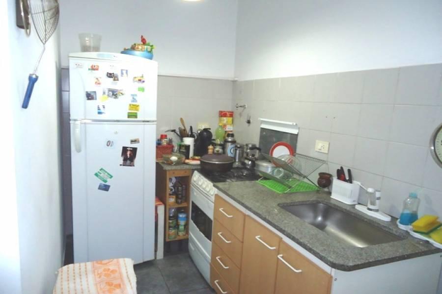 Balvanera,Capital Federal,Argentina,2 Bedrooms Bedrooms,1 BañoBathrooms,Apartamentos,CORRIENTES,7023
