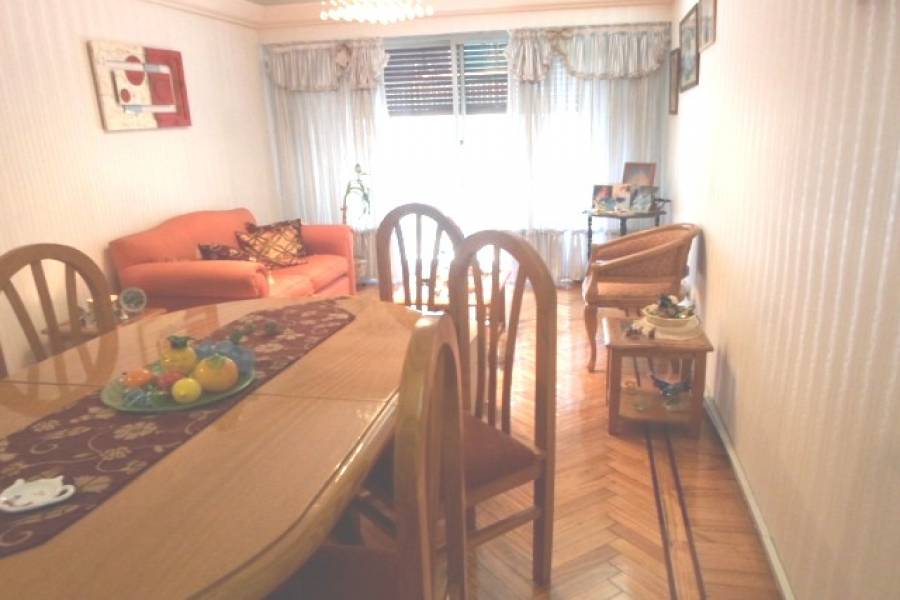Flores,Capital Federal,Argentina,2 Bedrooms Bedrooms,1 BañoBathrooms,Apartamentos,VARELA ,7056