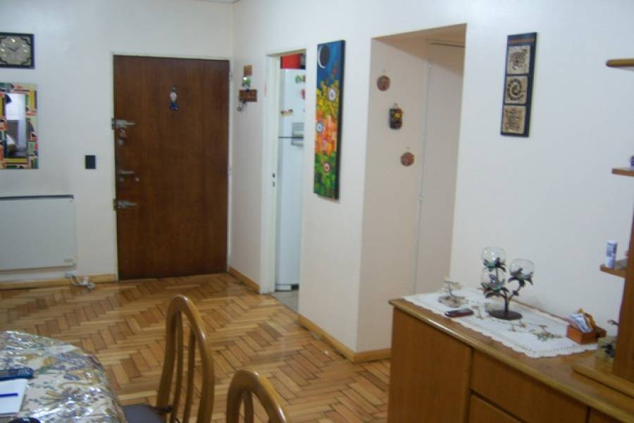 Floresta,Capital Federal,Argentina,2 Bedrooms Bedrooms,1 BañoBathrooms,Apartamentos,PORTELA,7143