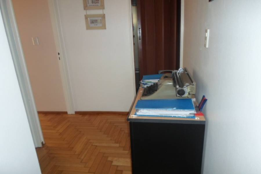 Flores,Capital Federal,Argentina,2 Bedrooms Bedrooms,1 BañoBathrooms,Apartamentos,RAMON FALCON,7162