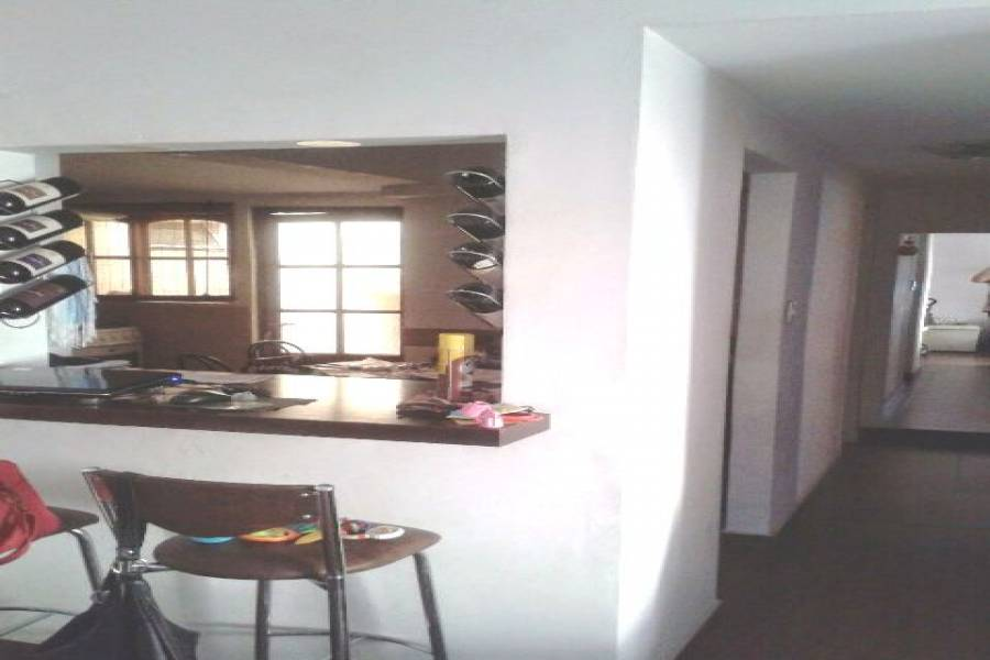 Flores,Capital Federal,Argentina,2 Bedrooms Bedrooms,1 BañoBathrooms,Apartamentos,ARTIGAS,7177