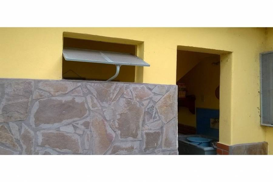 Capitan Bermudez,Santa Fe,Argentina,2 Habitaciones Habitaciones,1 BañoBaños,Casas,Brazil,1631