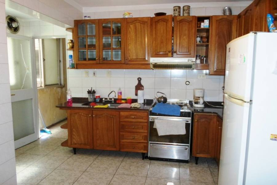Flores,Capital Federal,Argentina,2 Bedrooms Bedrooms,1 BañoBathrooms,Apartamentos,LAUTARO,7219