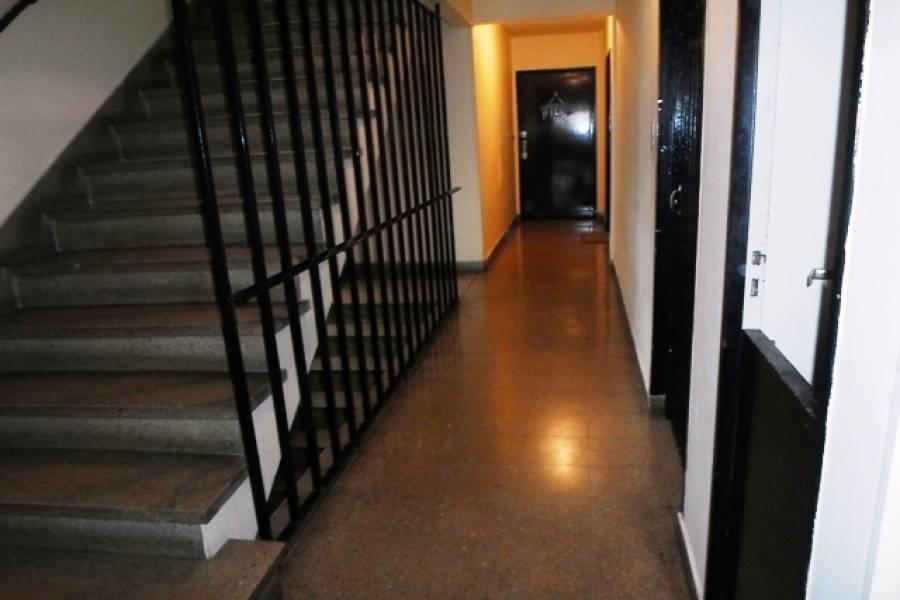 Flores,Capital Federal,Argentina,2 Bedrooms Bedrooms,1 BañoBathrooms,Apartamentos,AVELLANEDA,7262